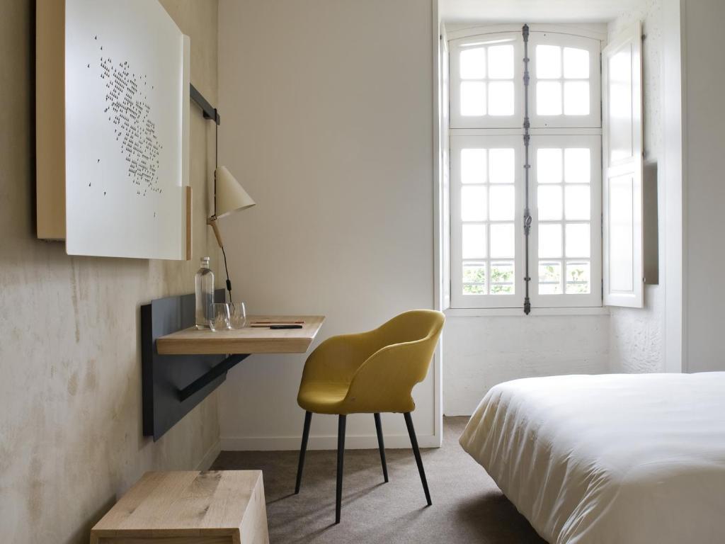 fontevraud l 39 h tel fontevraud l 39 abbaye. Black Bedroom Furniture Sets. Home Design Ideas