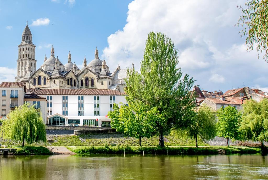 Booking Hotel Perigueux