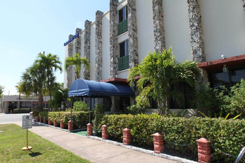 The Chateaubleau Hotel Miami