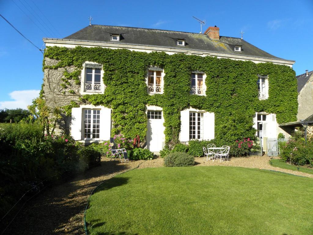 Le logis du ray r servation gratuite sur viamichelin for Art jardin neufchateau