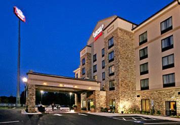 Fairfield inn suites elkin jonesville mount airy book for Mayberry motor inn mt airy nc