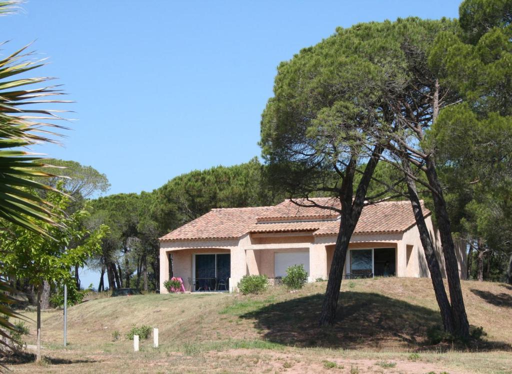 R U00e9sidence Go U00e9lia Le Village Azur - Fr U00e9jus