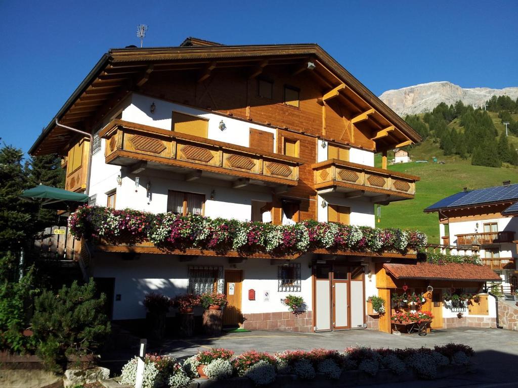 Chalet belvedere r servation gratuite sur viamichelin for Reserver hotel payer sur place