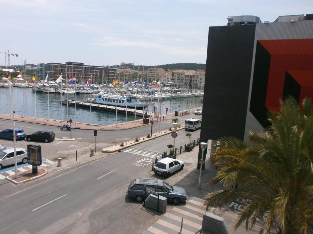 Hotel La Fregate Seyne Sur Mer