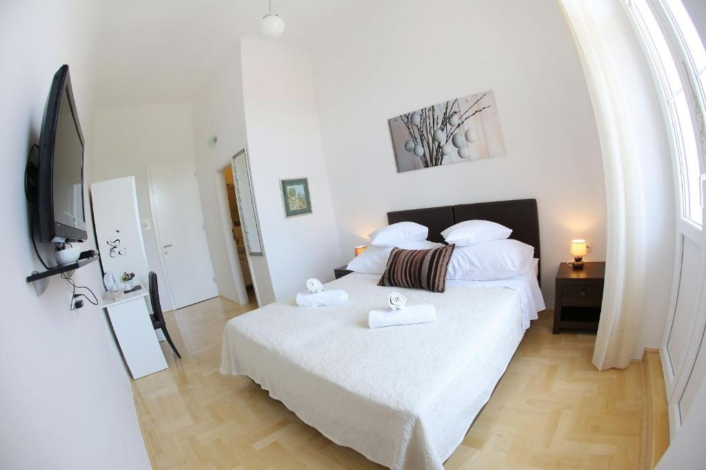 Chambres d 39 h tes rooms tisa old town chambres d 39 h tes zadar for Chambre hote zadar