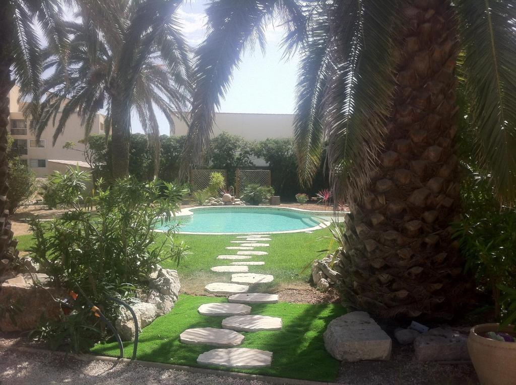Villa valflor appartements fran a marselha for Amenagement jardin 100m