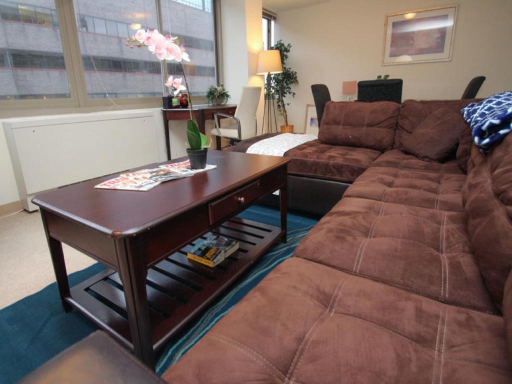 Luxury Two Bedroom Apartment By Rittenhouse Philadelphia Informationen Und Buchungen Online