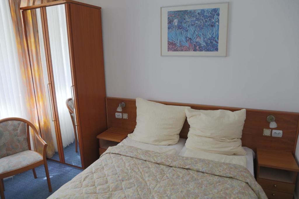 WIlla Maksymilian Bed and Breakfast