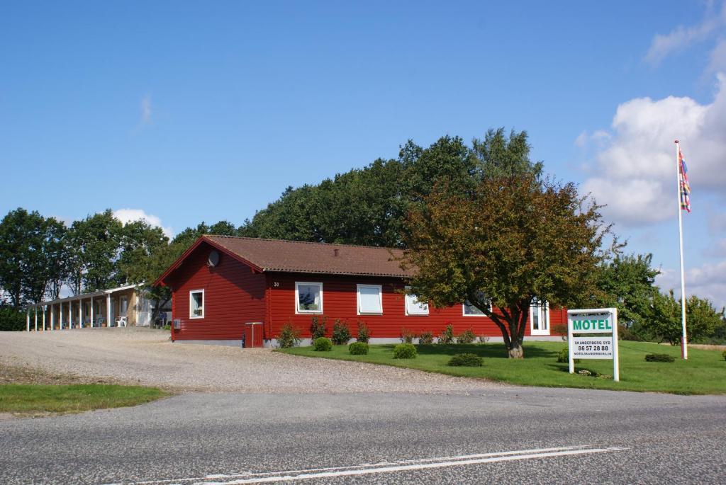 Motel skanderborg syd r servation gratuite sur viamichelin for Reservation motel