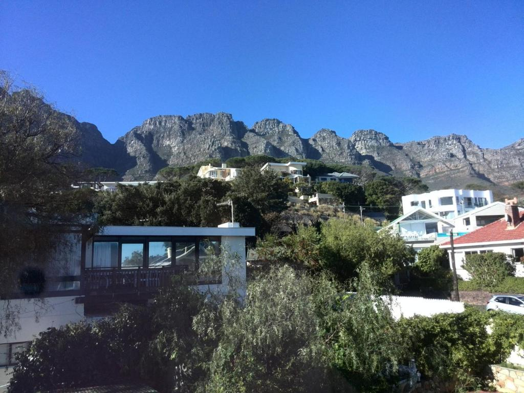 Swiss Cottage Guest House Kaapstad Book Your Hotel