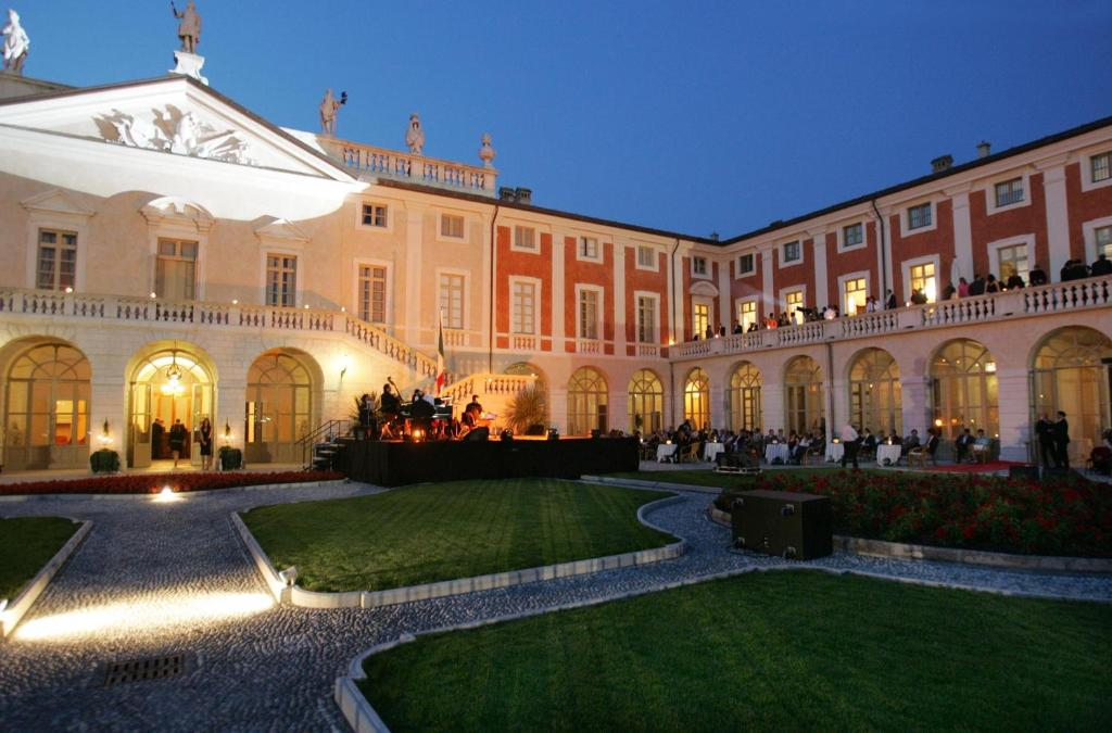 Villa Fenaroli Palace Hotel Via Giuseppe Mazzini Rezzato