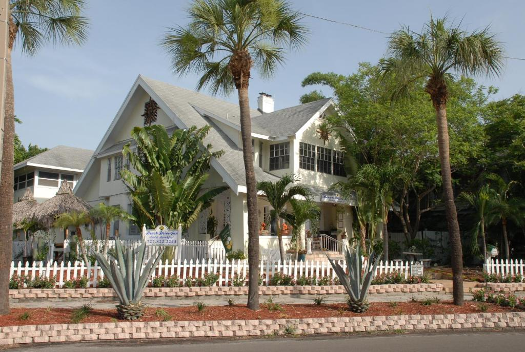Beach Drive Inn Bed And Breakfast St Petersburg Fl