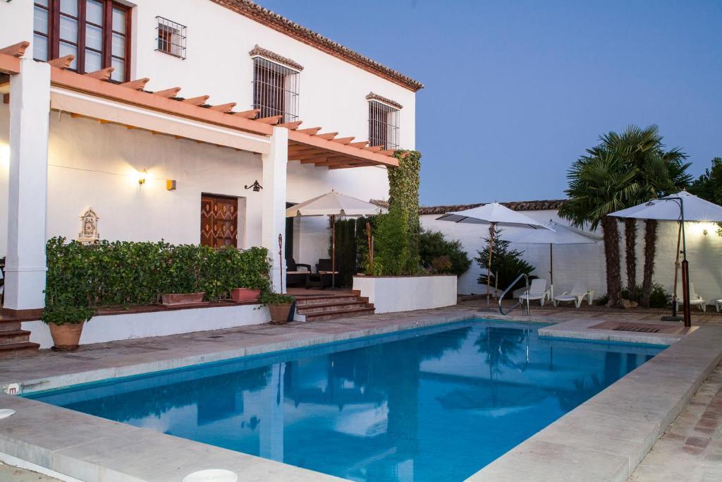 Casa rural aire fuente de piedra book your hotel with - Fuente para casa ...