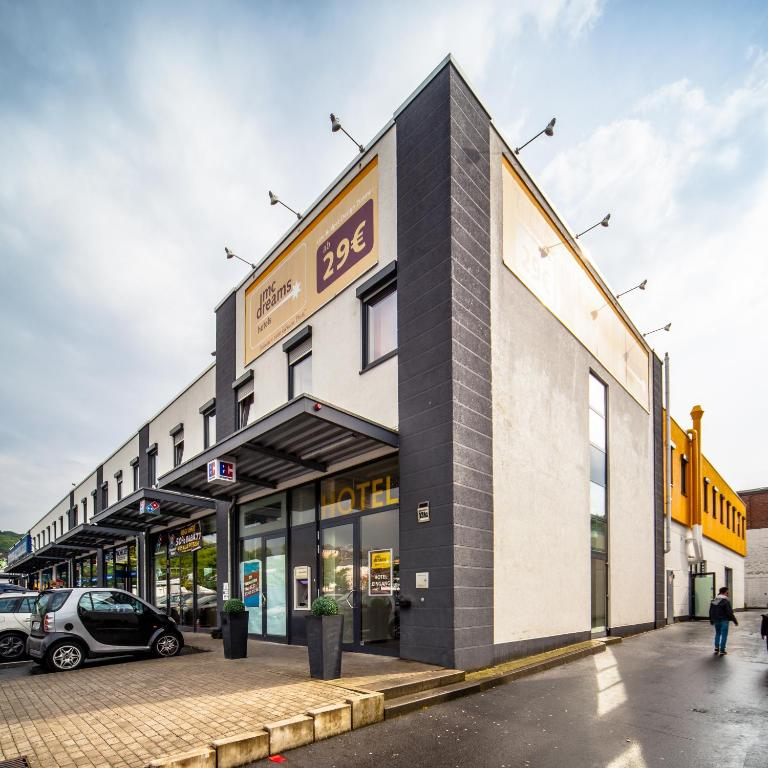Mcdreams hotel wuppertal city wuppertal book your for Hotel wuppertal