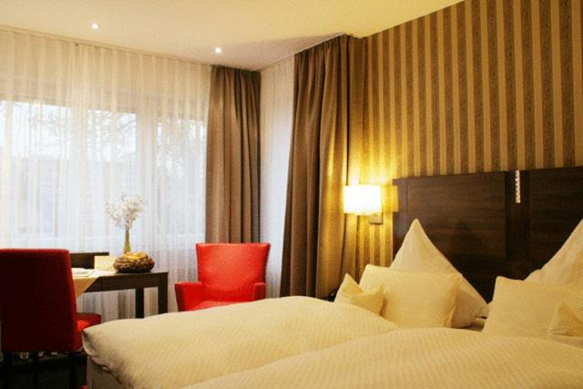 Hotel haus berlin bonn online booking viamichelin for Boutique hotel bonn