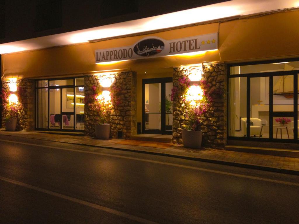 Hotel L Approdo Porto Azzurro