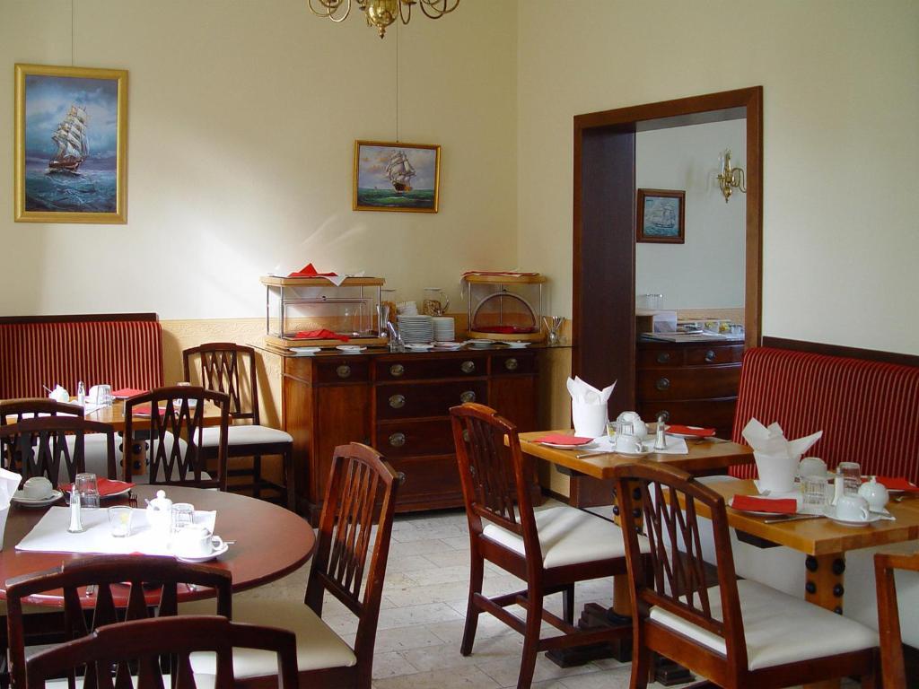 Hotel altes hafenhaus rostock viamichelin informatie en online reserveren - Dining barokke ...