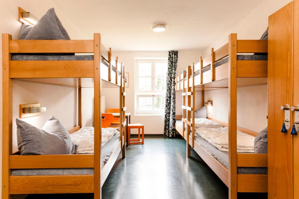 hi youth hostel lindau lindau reserva tu hotel con viamichelin. Black Bedroom Furniture Sets. Home Design Ideas