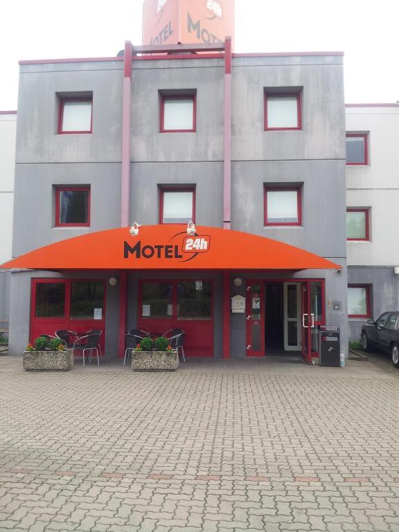 motel 24h hannover hannover informationen und buchungen online viamichelin. Black Bedroom Furniture Sets. Home Design Ideas