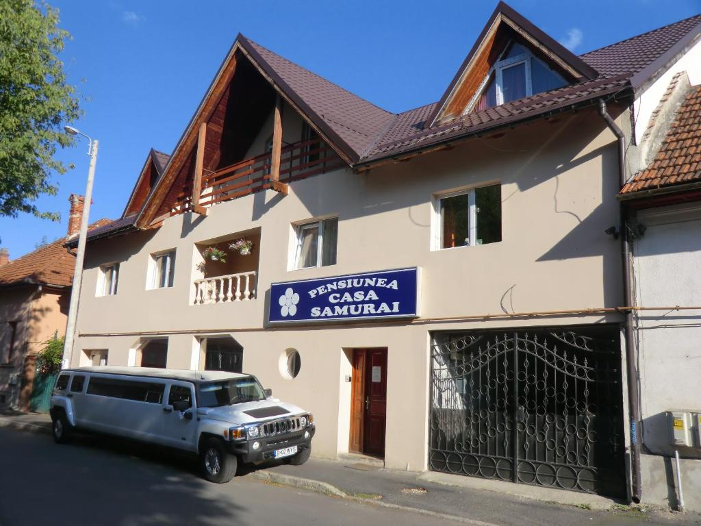 Pension casa samurai bra ov online booking viamichelin for Booking casas
