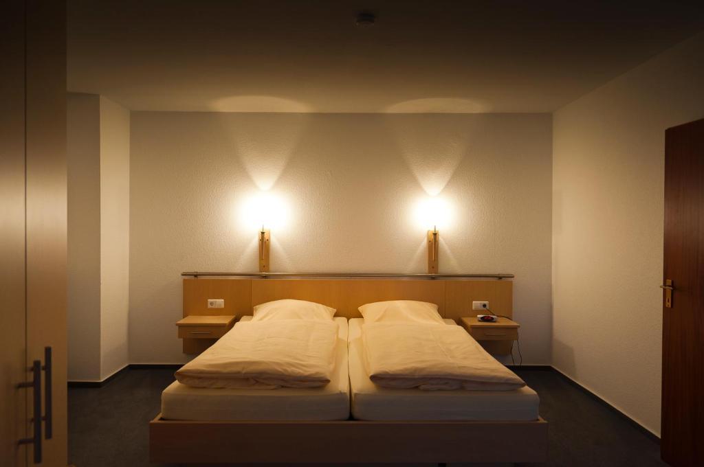 hotel haus deutsch krone melle informationen und buchungen online viamichelin. Black Bedroom Furniture Sets. Home Design Ideas