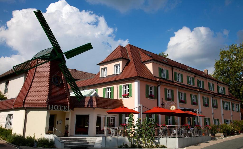 Hotel Restaurant zur Windmühle - Ansbach - Informationen ...