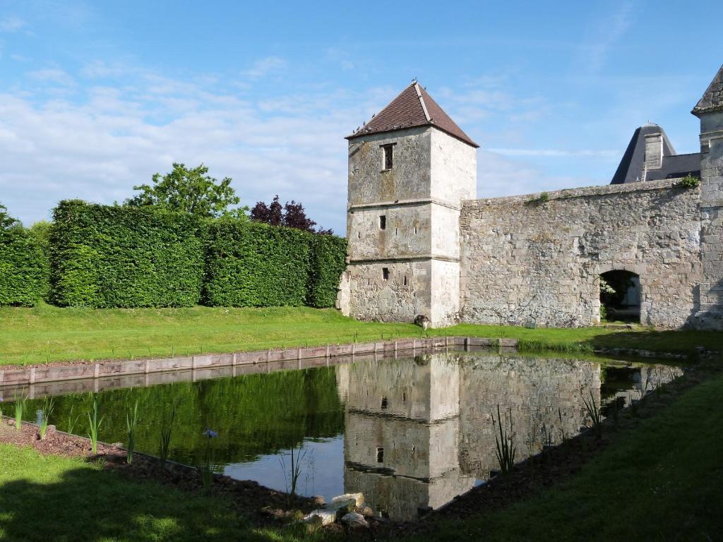 Le Plessis Aux Bois - Manoir du Plessis au Bois Villers Cotter u00eats book your hotel with ViaMichelin
