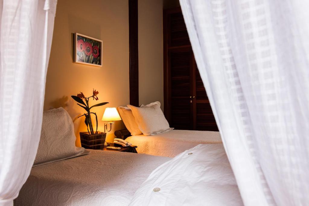 Parador santar m areal reserva tu hotel con viamichelin for Habitaciones familiares paradores