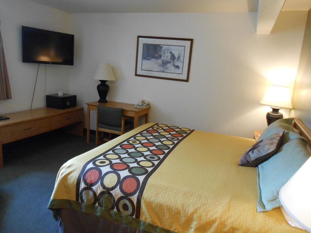 Livingston Mt Hotel Rooms