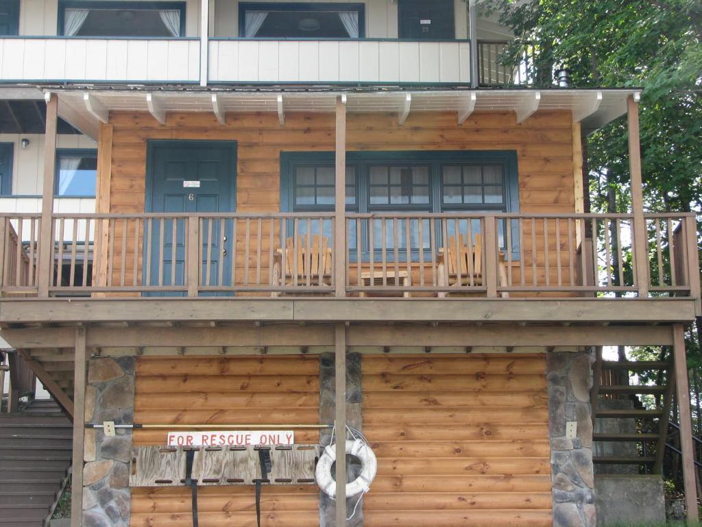 Pine Knoll Lodge & Cabins, Inc.