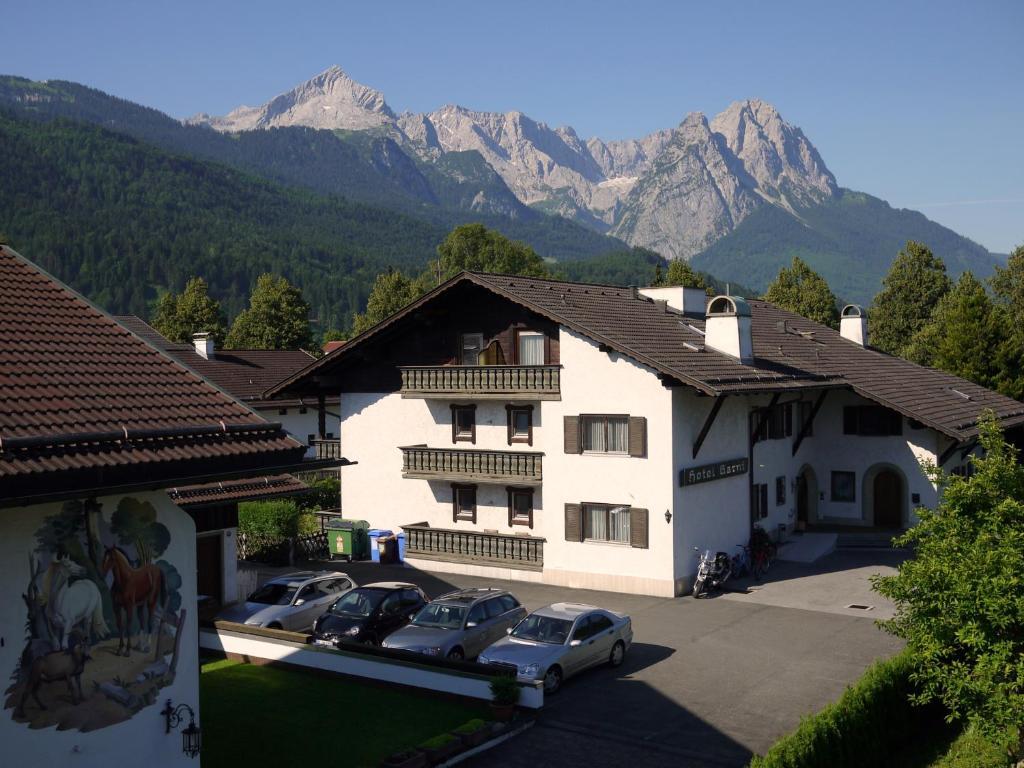 Hotel garni brunnthaler r servation gratuite sur viamichelin - Garmisch partenkirchen office du tourisme ...