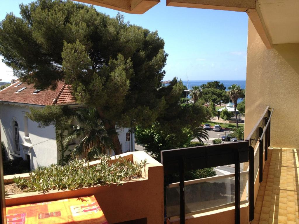 Appartement st raphael appartement saint rapha l dans for Appart hotel dans le var