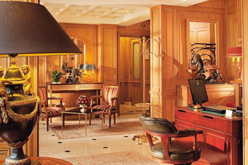 H Tel De Varenne Paris Book Your Hotel With Viamichelin