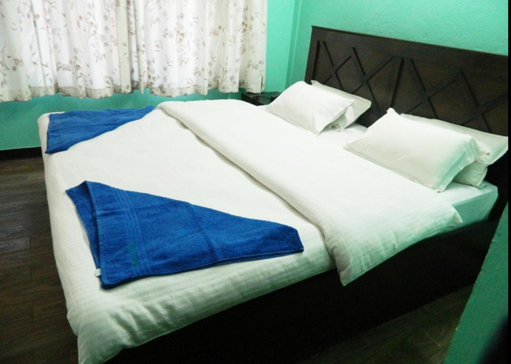 Mount annapurna guest house kathmandu reserva tu hotel for Guest house on the mount reviews