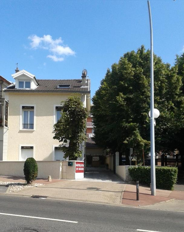 Hotel rythme garches informationen und buchungen online viamichelin - Parking porte de saint cloud ...