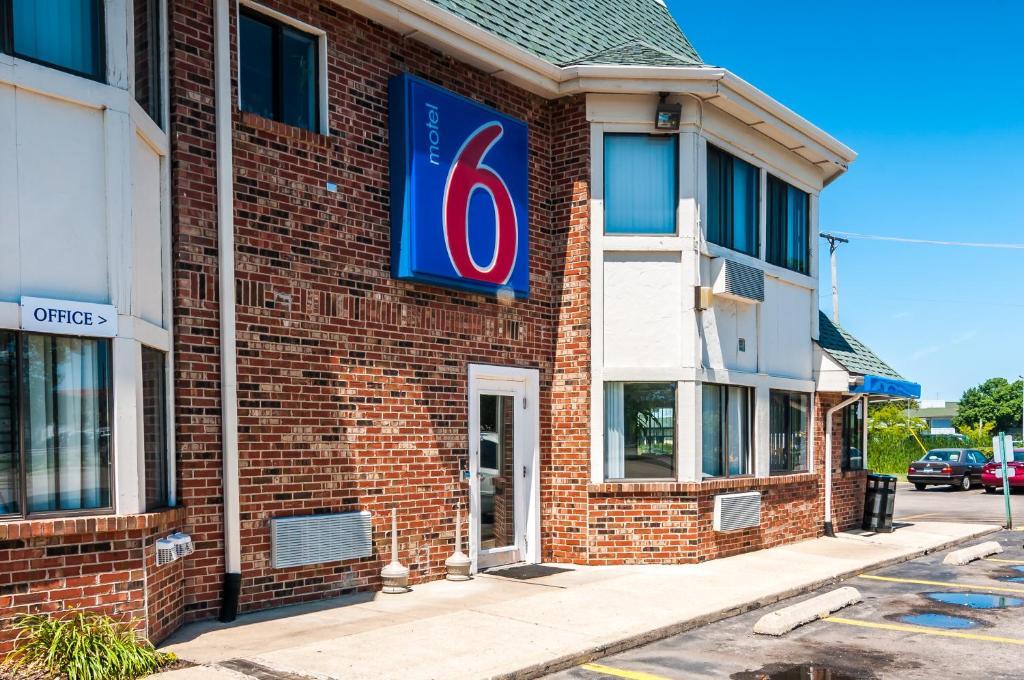 Motel  Elk Grove Village Chicago