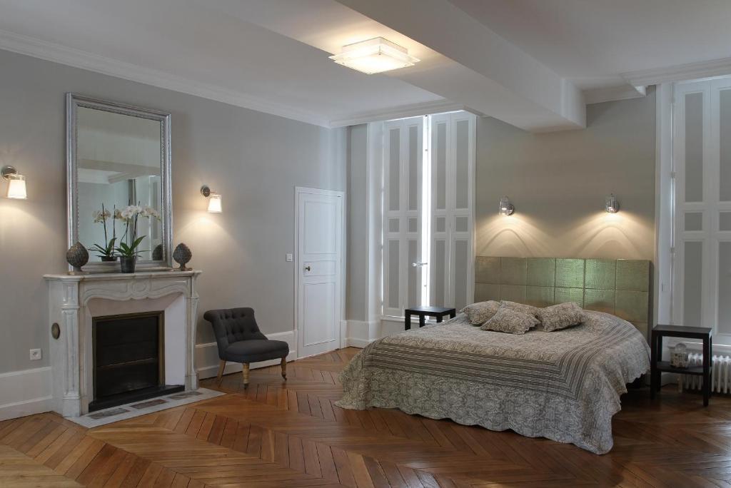 Chambres du0026#39;hu00f4tes Demeure de la Cordeliu00e8re, Chambres du0026#39;hu00f4tes Blois