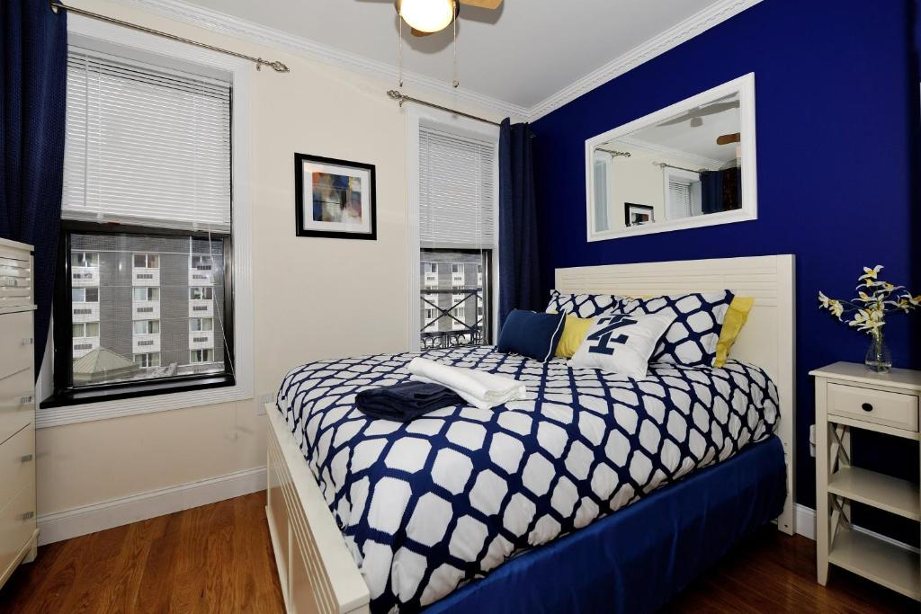 Top Deals Two Bedroom Apartment 10th Avenue New York