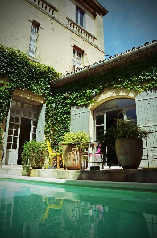 Chambres d 39 h tes maison auguste salon de provence for Hotel b b salon de provence