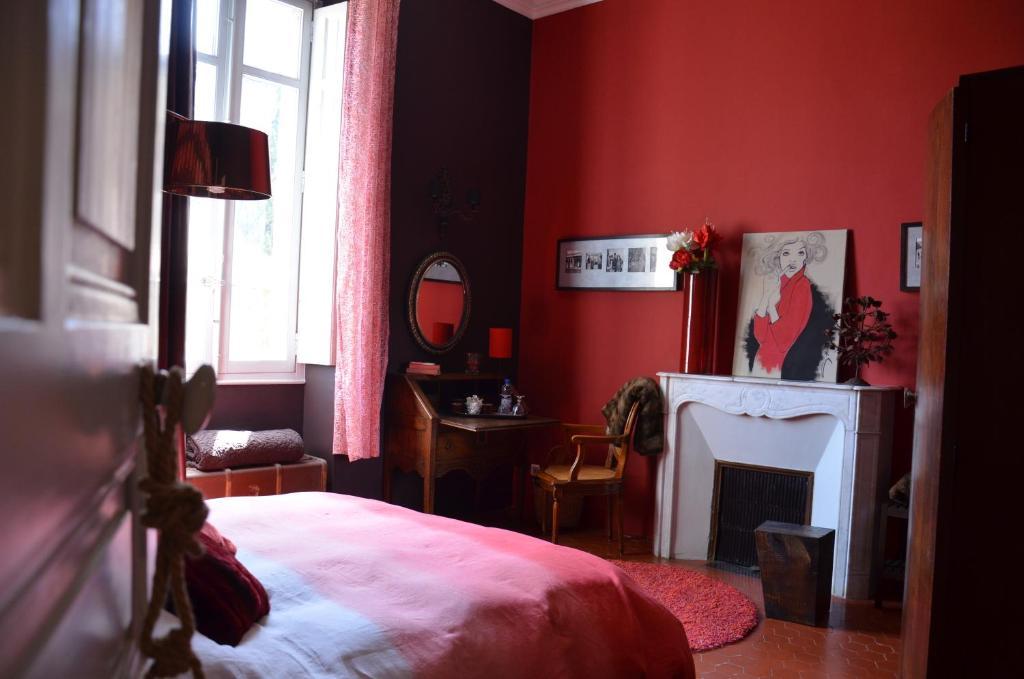 Chambres d 39 h tes maison auguste salon de provence - Chambre de commerce salon de provence ...