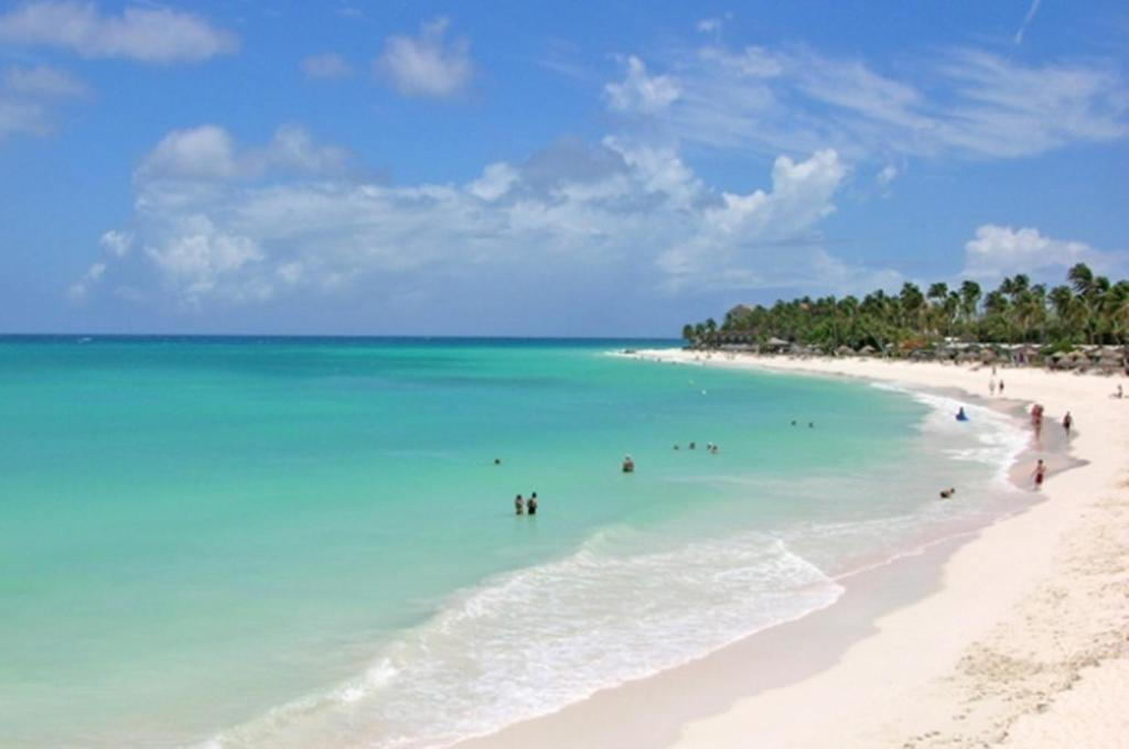 Aruba Car Rental Palm Beach