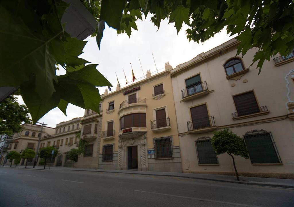 Hotel la casa grande baena book your hotel with viamichelin - Hotel casa grande baena ...