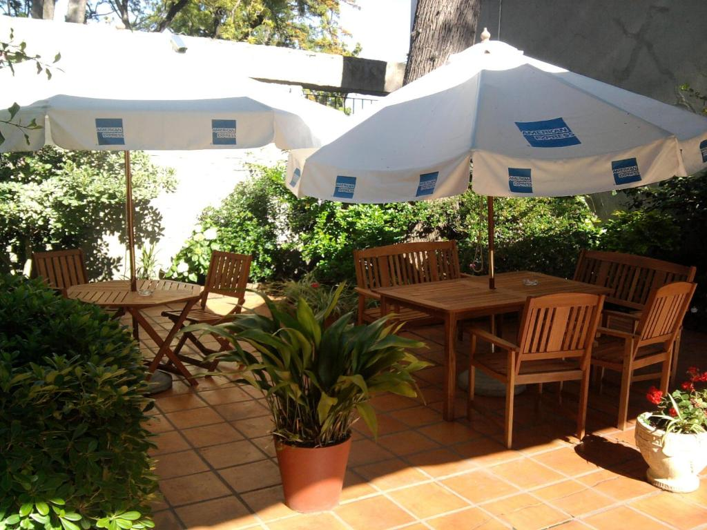 Posada El Capullo Colonia Del Sacramento Reserva Tu Hotel Con  # Muebles Lobo Posada