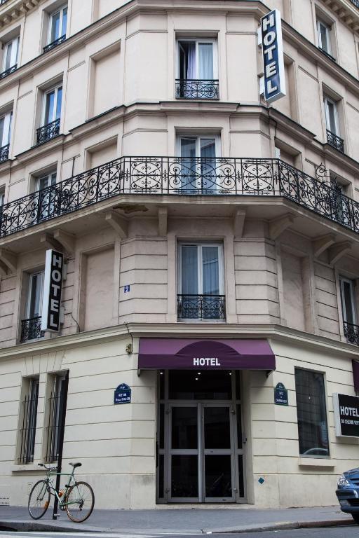Hotel Du Chemin Vert  Rue Du Chemin Vert
