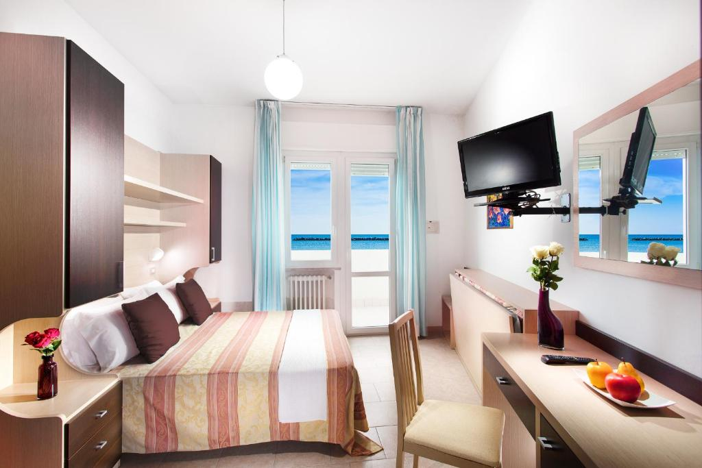 Hotel asiago beach cervia book your hotel with viamichelin for Family hotel asiago
