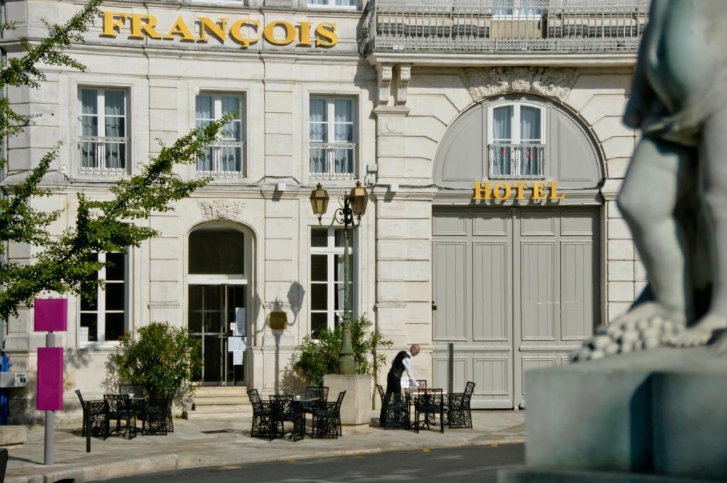 H tel fran ois premier cognac centre cognac online for Hotel cognac