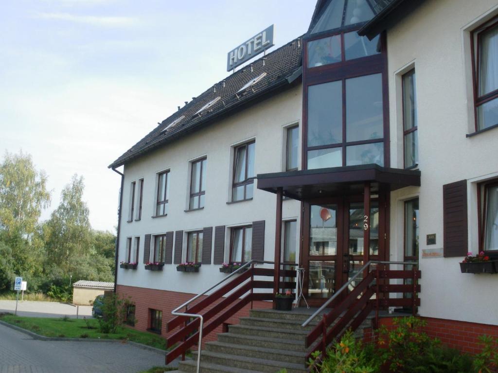 Hotel Reke Plau Am See