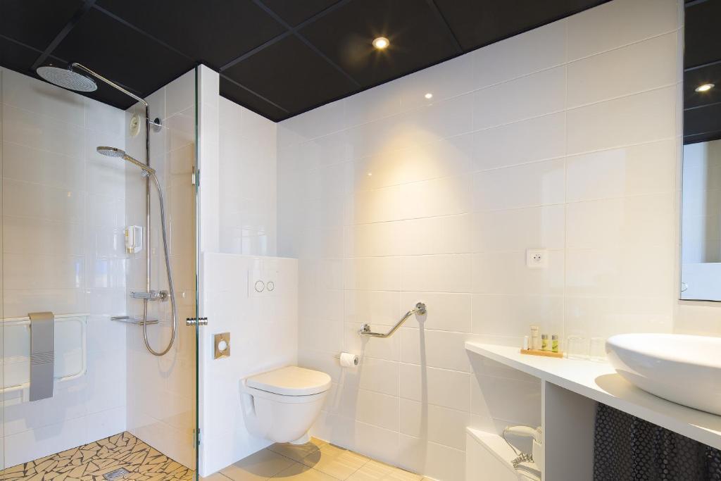 hotel le bugatti molsheim reserva tu hotel con viamichelin. Black Bedroom Furniture Sets. Home Design Ideas