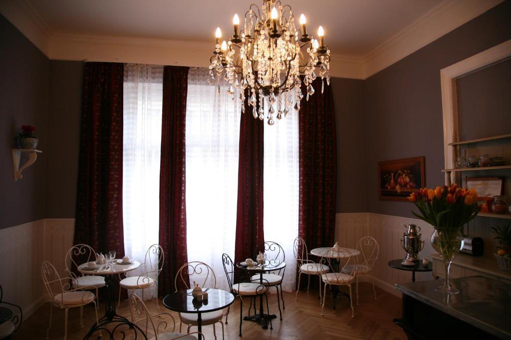 Hotel maison am olivaer platz berlin book your hotel for Apartments maison am olivaer platz