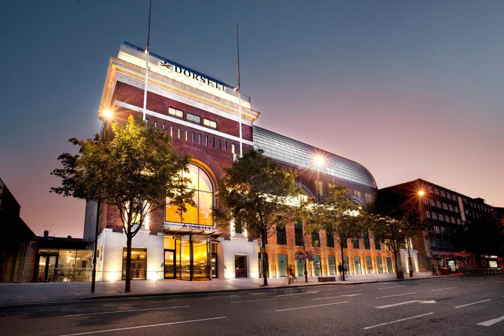 Hotels In Shepherds Bush With Parking